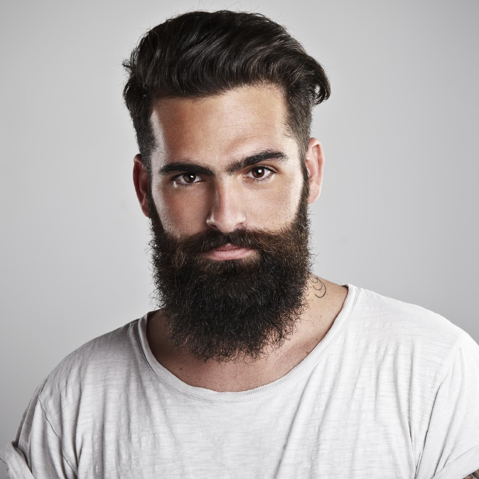 Faire pousser la barbe: un moyen pour séduire